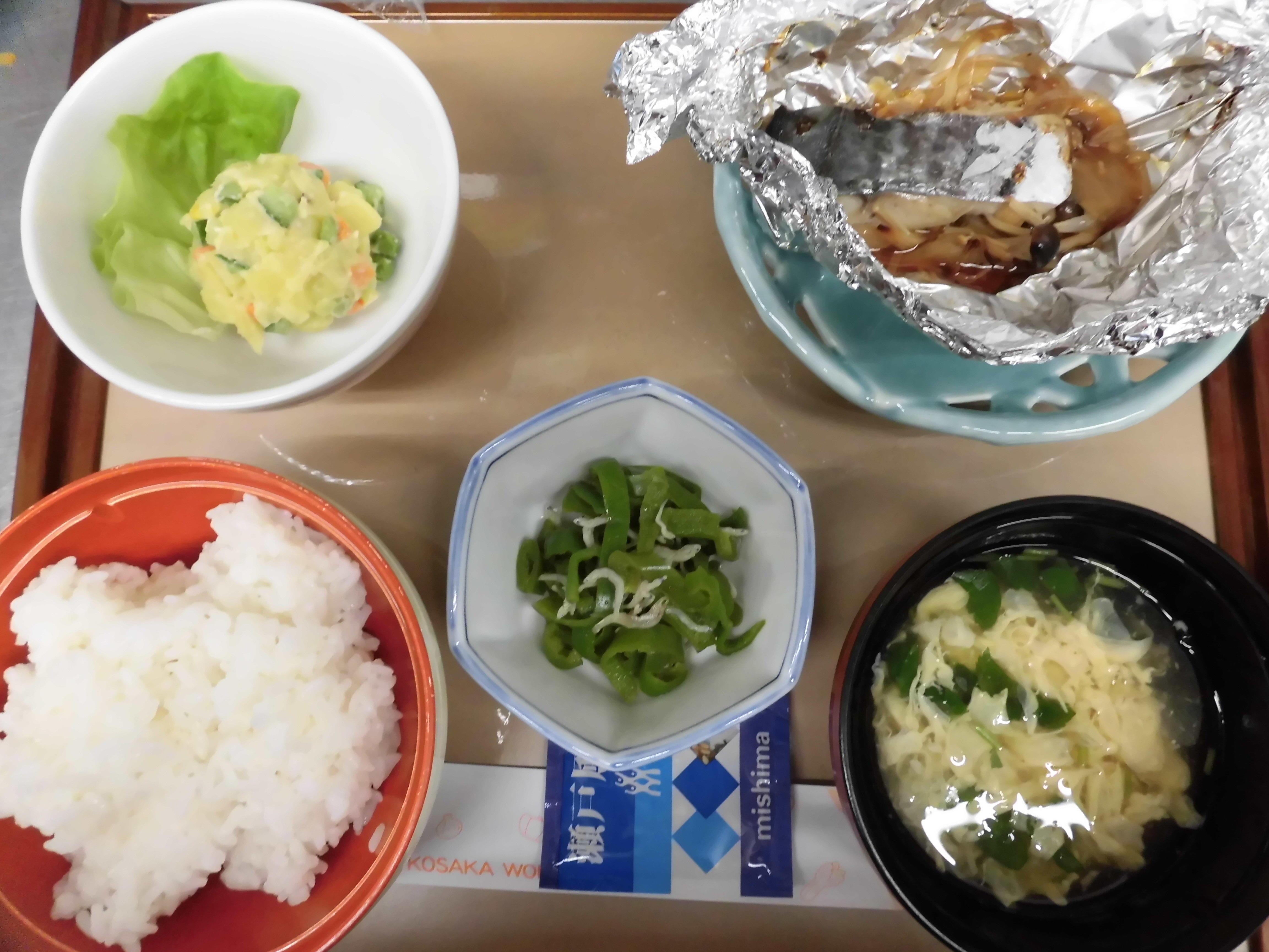 1日(夕)B食.JPG
